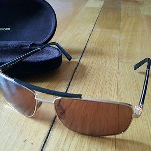New Italian Tom Ford Sunglasses Glasses with Case